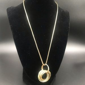Jewelry - Goldtone long chain necklace
